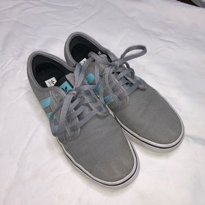 BARELY WORN: grey and turquoise adidas shoes